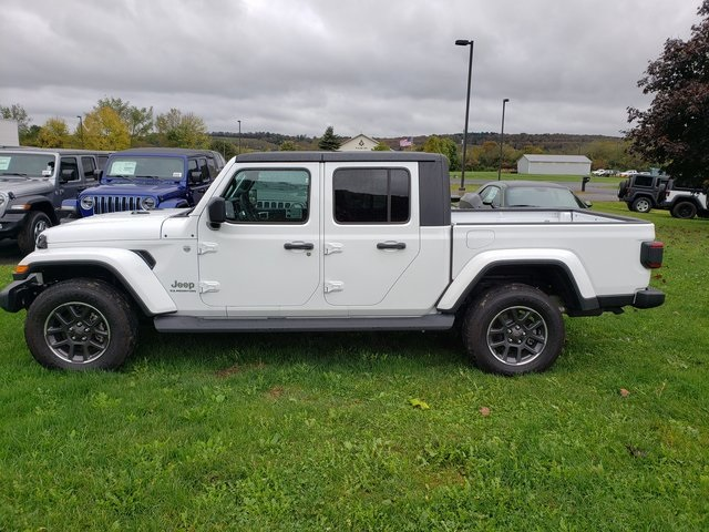 CERTIFIED PRE-OWNED 2020 JEEP GLADIATOR OVERLAND 4WD